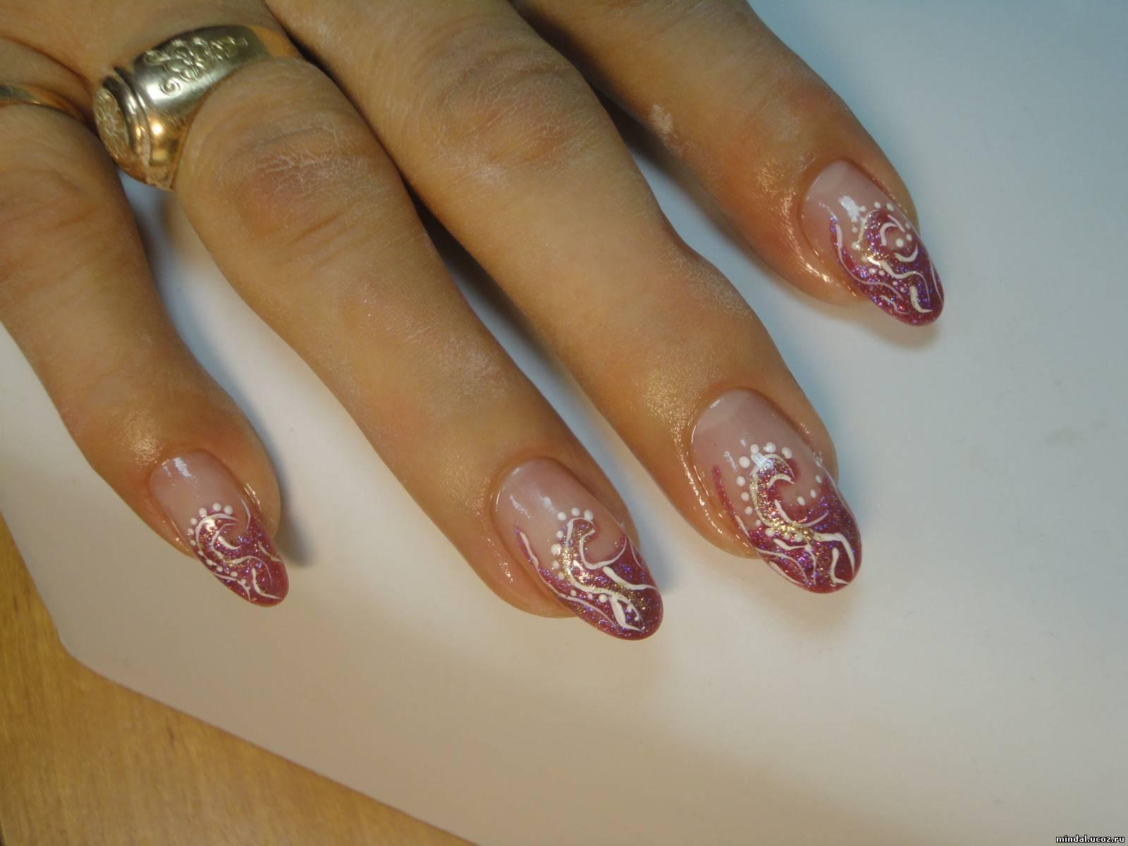 Фото форма ногтей с рисунками